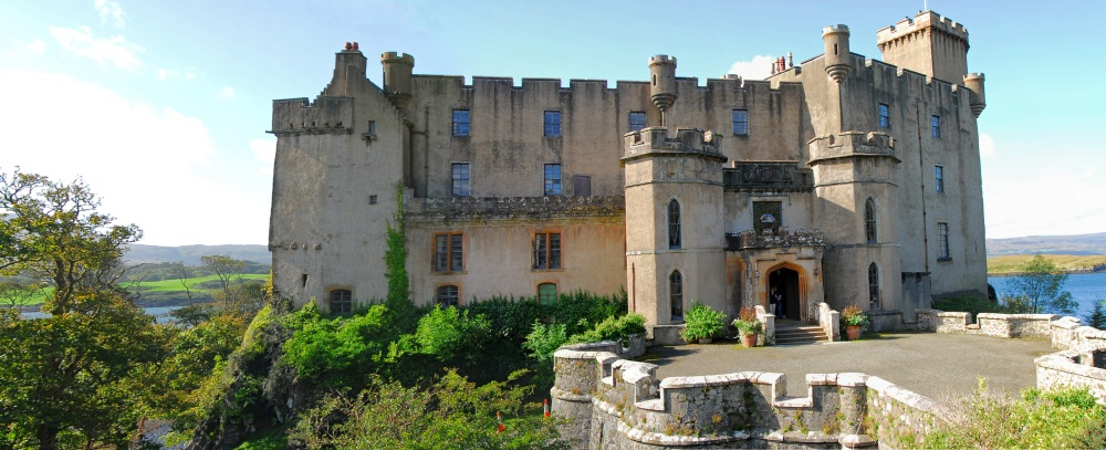 Dunvegan_castle1