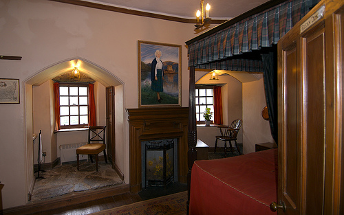 ED castle bedroom